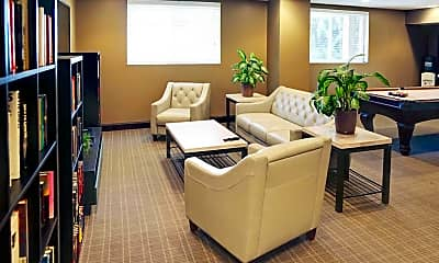Lafayette Towers Apartments, 1