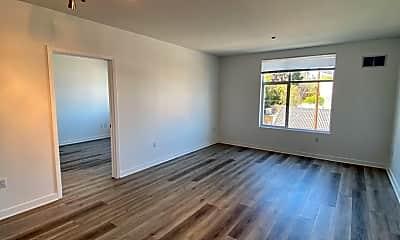 Living Room, 451 Kansas St, 1