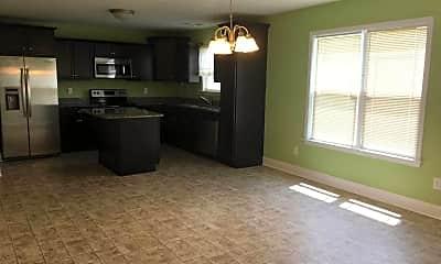 Living Room, 304 Foster Creek Rd, 1
