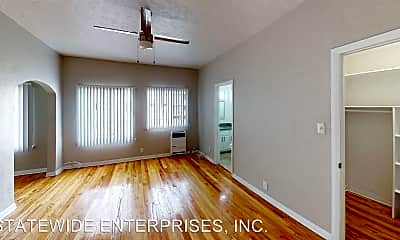 Living Room, 5356 Lexington Ave, 1
