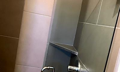 Bathroom, 1200 Meharry Blvd, 1