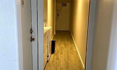Bathroom, 1610 Boston St, 1