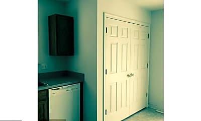 Bedroom, 308 4th St, 2