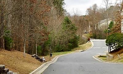 Saddle Creek, 2