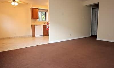 Living Room, 5529 Ellsworth Ave, 0