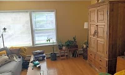 Living Room, 747 N Northwest Hwy, 2
