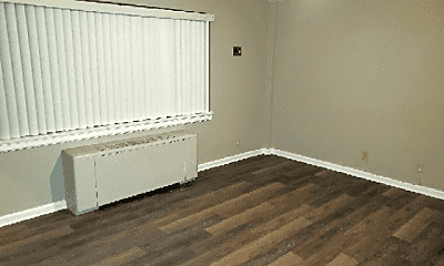 Bedroom, 3320 Bardstown Rd, 1