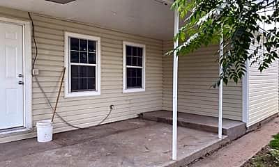 Building, 904 E 17th St, 0