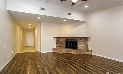 Living Room, 5107 Dunnethead Dr, 1