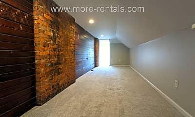 Living Room, 579 Gilbert St, 2