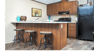 Kitchen, 5130 Lake End Dr, 1