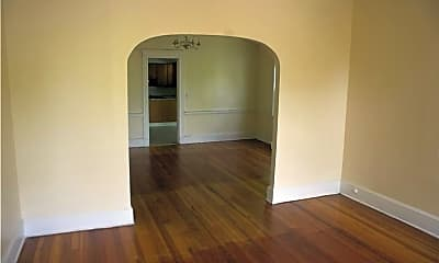 Living Room, 196 Norton St, 1