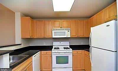 Kitchen, 2726 Gallows Rd 601, 1