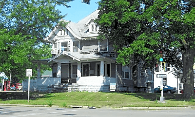 Building, 1002 W 4th St, 0