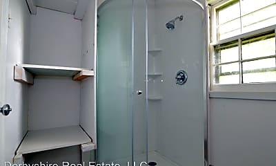 Bathroom, 506 Stuart St, 2