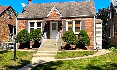 Building, 18017 Oakwood Ave, 0