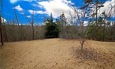 1305 Red Cedar Trail, 2