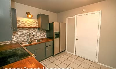 Kitchen, 1072 N Irvington Ave, 1