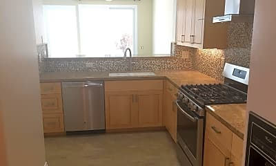 Kitchen, 458 Novara Way, 1