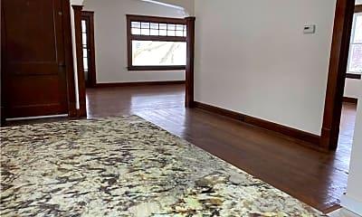 Living Room, 10400 Ignatius Ave UP, 1