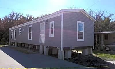 Building, 5611 Bayshore Rd 81, 1