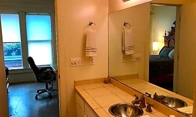Bathroom, 909 Lafayette St 11, 2