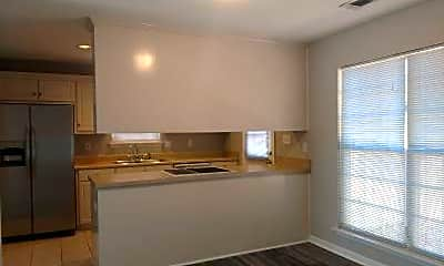 Kitchen, 1112 Heard Ave, 1