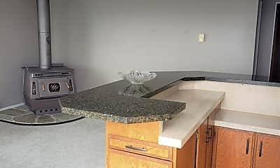 Kitchen, 608 McMurray Rd NE, 2