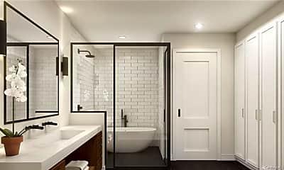 Bathroom, 1932 Hawkins St, 2