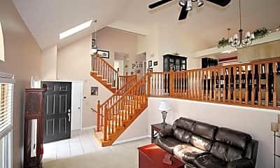 Living Room, 15832 Glenwood Ave, 1