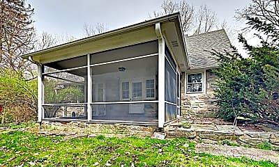 Building, 914 Mount Holyoke Pl, 2
