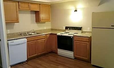 Kitchen, 818 1/2 W Franklin St, 1