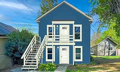 Building, 818 Chestnut St, 1