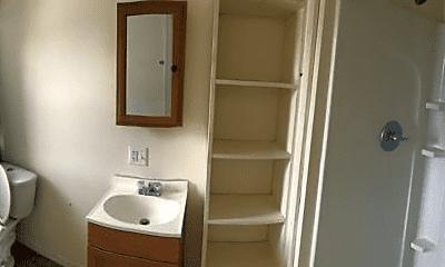 Bathroom, 203 W 6th St, 1
