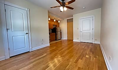 Living Room, 4552 N Clark Street Apt: 224, 1