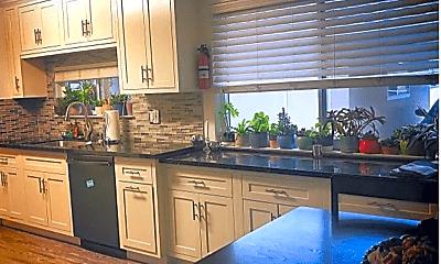 Kitchen, 3409 Payne Ave, 0