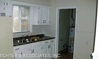 Kitchen, 4959 Weddel St, 1