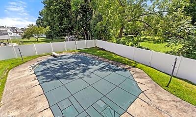 Pool, 105 Imperato Ct, 2
