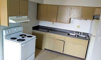 Kitchen, 600 Wooddale Terrace, 2