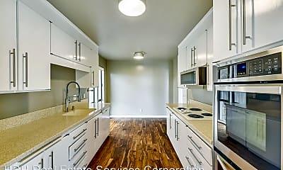 Kitchen, 20 Harbor Oak Dr, 1