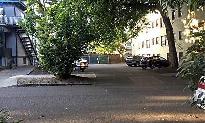 Whitestone Apartments, 2