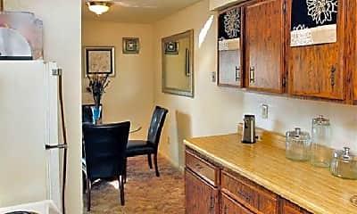 Kitchen, 815 Pecan Point Rd, 1