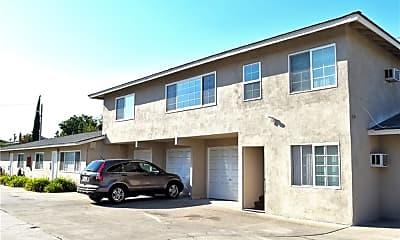 Building, 8836 La Salle St, 1