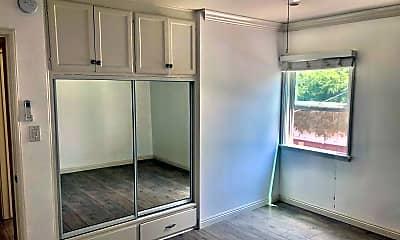 Bedroom, 13010 Moorpark St, 2