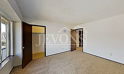 Living Room, 1508 W Mead Ave, 1