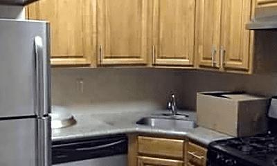 Kitchen, 507 Henry St, 2