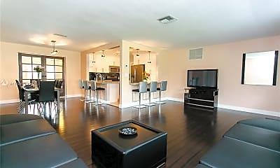 Living Room, 422 SE 3rd St, 2