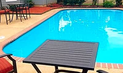 Pool, 111 Pipes Dr, 2