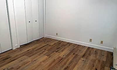 Bedroom, 39 Mill St, 2
