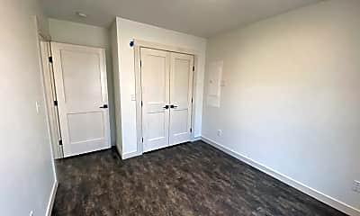 3922 Trinity Rd, 1